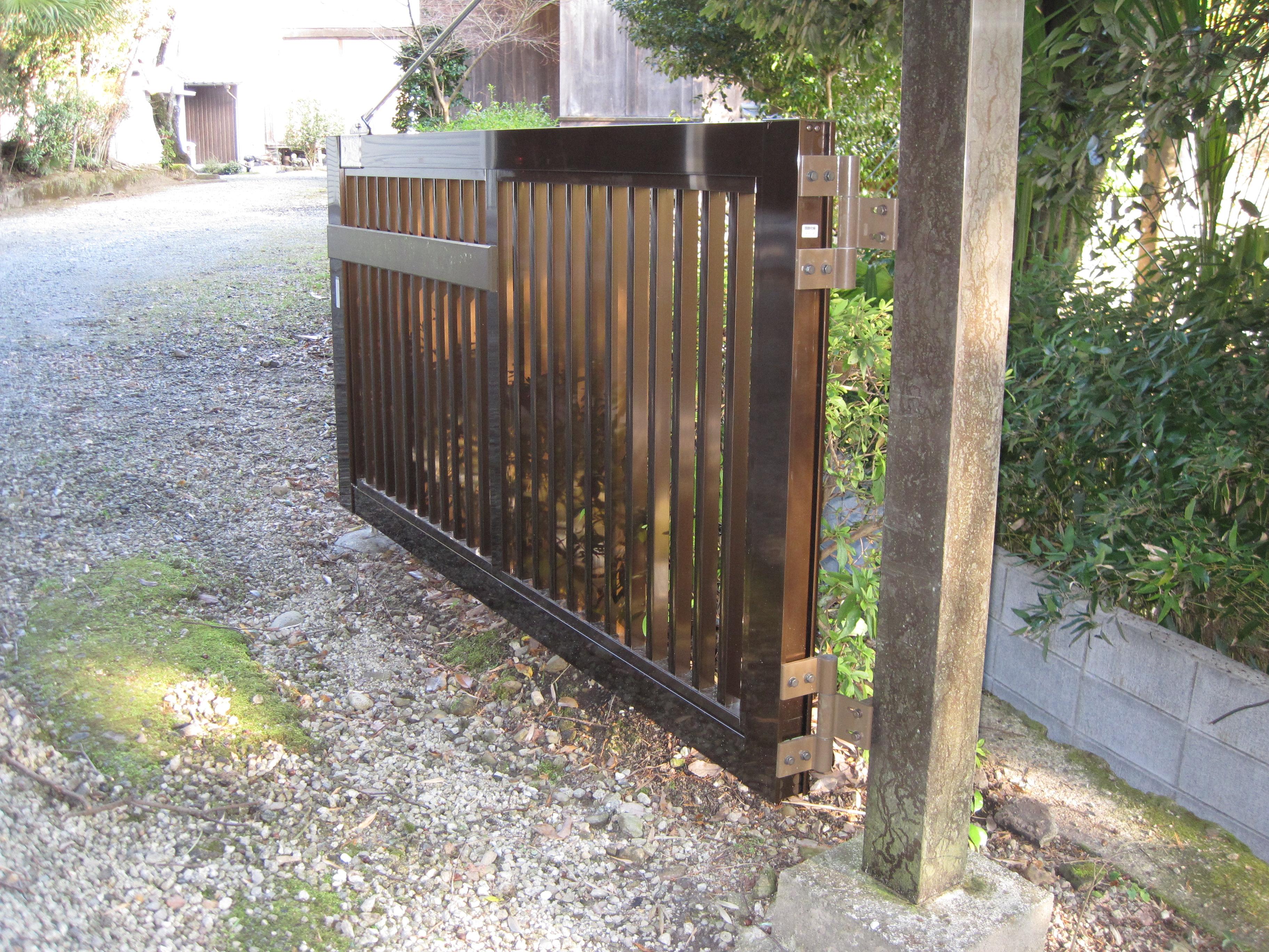 【西脇市リフォーム】門扉を取替工事施工後