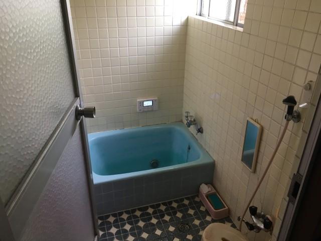 【加東市リフォーム】浴室リフォーム工事施工前